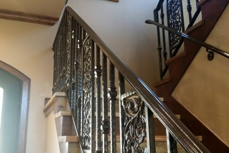 Custom handrail and staircase